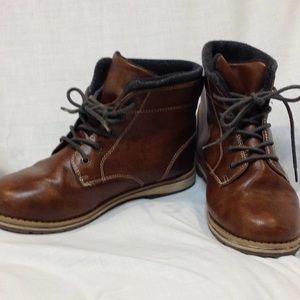 Boys fleece lined boots
